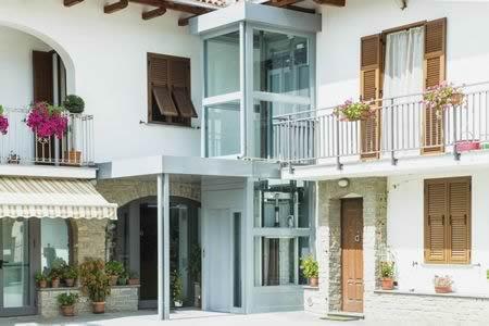 I migliori ascensori esterni costo e preventivo for Costo per costruire piani di casa